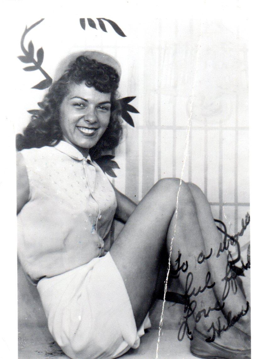 Helen-Lena-Cerchio-pinup